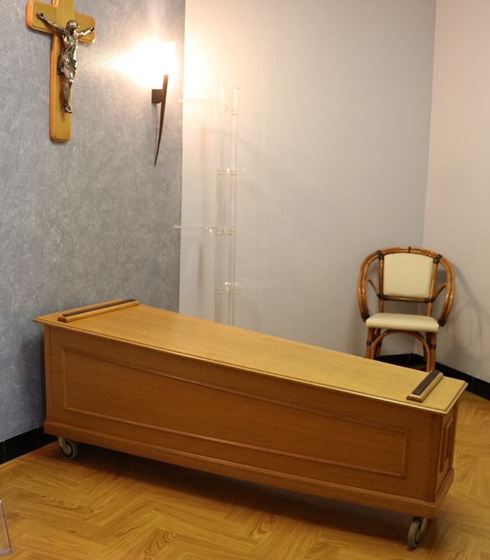 pompes-cercueil1-1